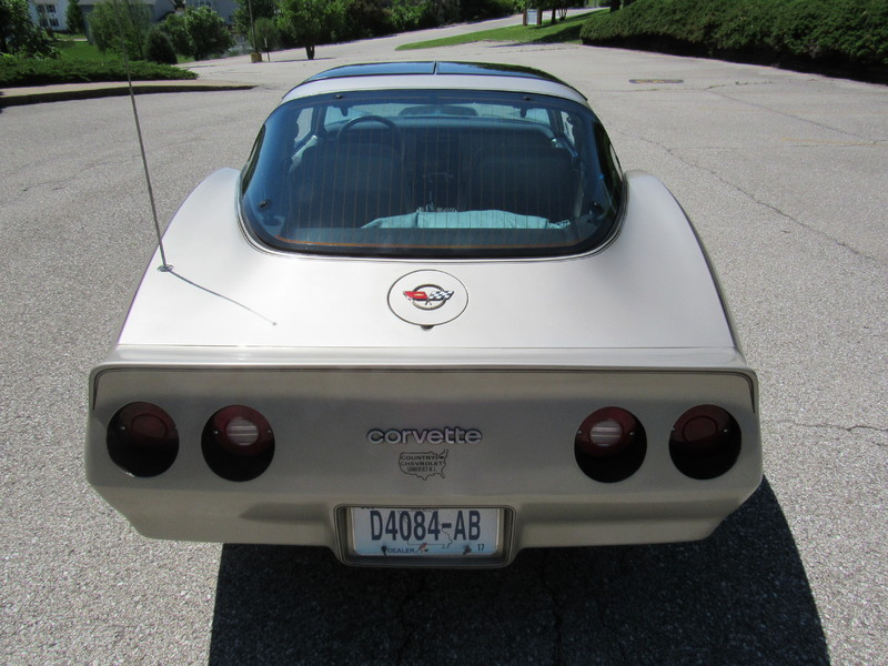 1982 Chevrolet Corvette Collectors Edition  St Charles Missouri  Schroeder Motors  in St. Charles, Missouri