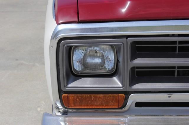 1983 Dodge Ram Charger 150 Royal SE RWD - 318 CI (5.2L V8) Mooresville , NC 33