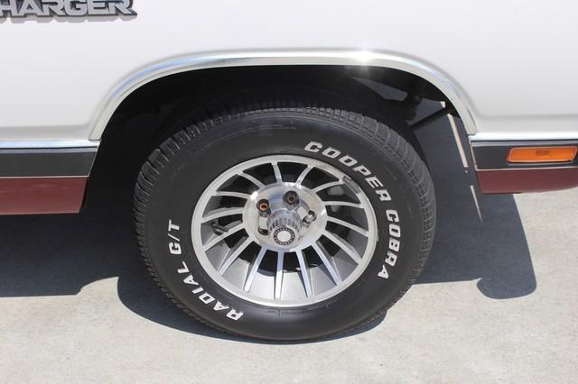 1983 Dodge Ram Charger 150 Royal SE RWD - 318 CI (5.2L V8) Mooresville , NC 40