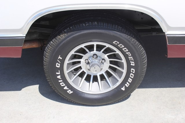 1983 Dodge Ram Charger 150 Royal SE RWD - 318 CI (5.2L V8) Mooresville , NC 41