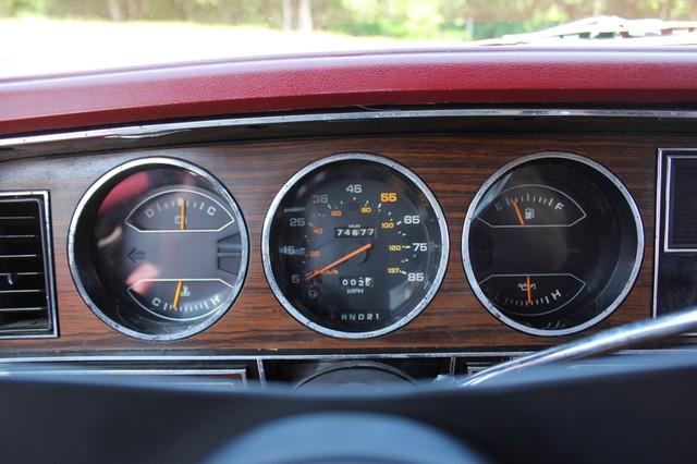 1983 Dodge Ram Charger 150 Royal SE RWD - 318 CI (5.2L V8) Mooresville , NC 8