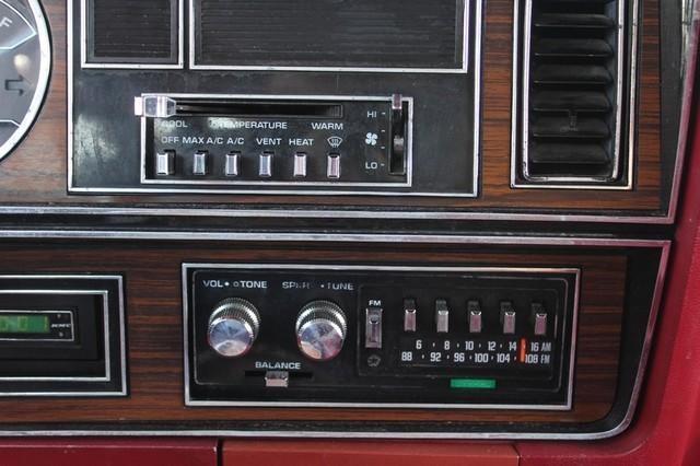 1983 Dodge Ram Charger 150 Royal SE RWD - 318 CI (5.2L V8) Mooresville , NC 51