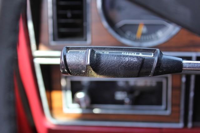 1983 Dodge Ram Charger 150 Royal SE RWD - 318 CI (5.2L V8) Mooresville , NC 49