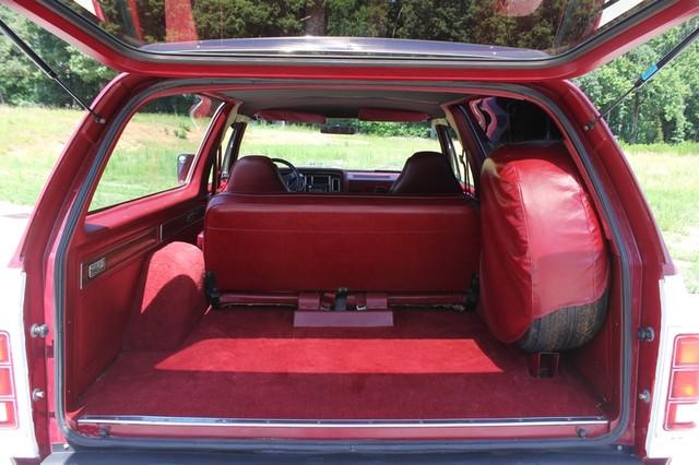 1983 Dodge Ram Charger 150 Royal SE RWD - 318 CI (5.2L V8) Mooresville , NC 11