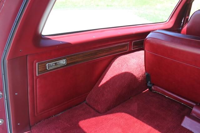 1983 Dodge Ram Charger 150 Royal SE RWD - 318 CI (5.2L V8) Mooresville , NC 56