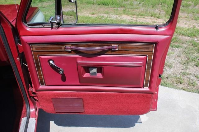 1983 Dodge Ram Charger 150 Royal SE RWD - 318 CI (5.2L V8) Mooresville , NC 59