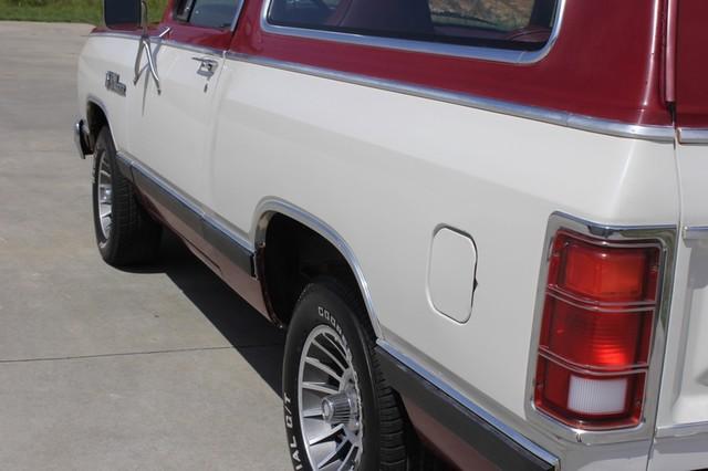 1983 Dodge Ram Charger 150 Royal SE RWD - 318 CI (5.2L V8) Mooresville , NC 28