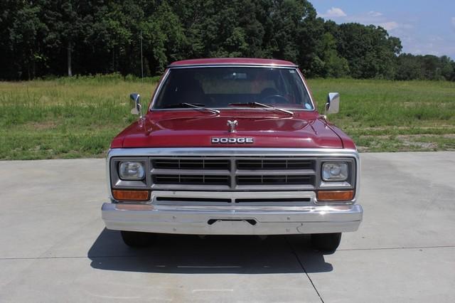 1983 Dodge Ram Charger 150 Royal SE RWD - 318 CI (5.2L V8) Mooresville , NC 15