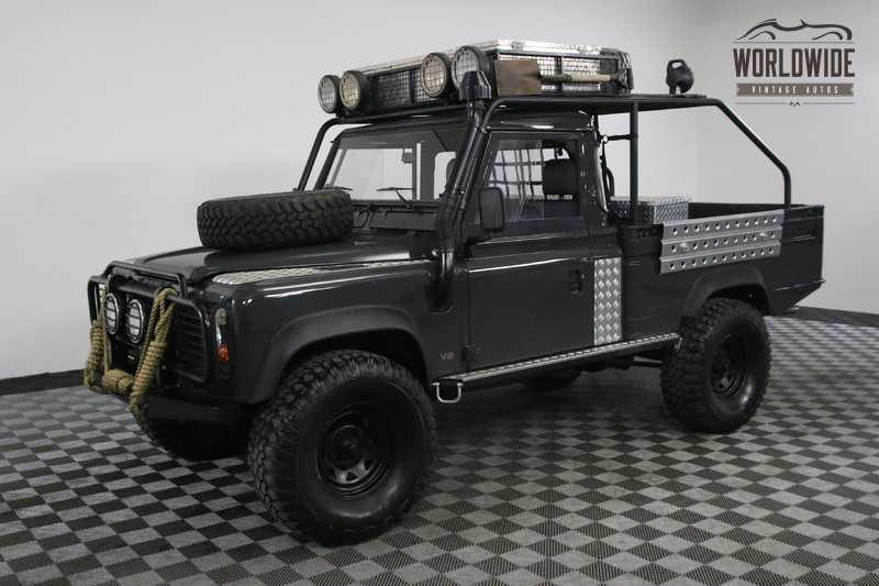 1983 Land Rover DEFENDER 110 RESTORED CUSTOM BUILD OVER THE TOP