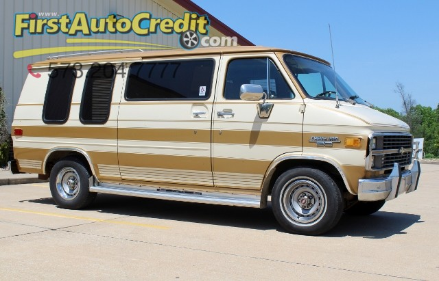 1984 Chevrolet Van  | Jackson , MO | First Auto Credit in Jackson  MO