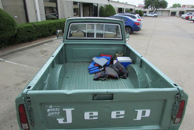 1984 Jeep J10 Pickup 4WD Arlington, Texas 14