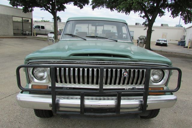 1984 Jeep J10 Pickup 4WD Arlington, Texas 3