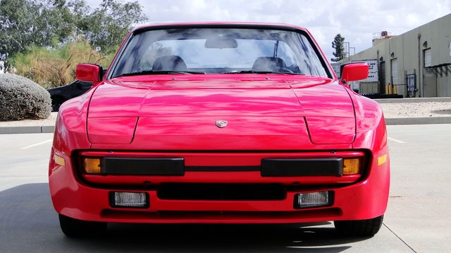 1985 Porsche 5 Speed 944 LIKE NEW! Phoenix, Arizona 8