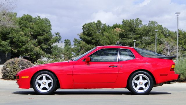 1985 Porsche 5 Speed 944 LIKE NEW! Phoenix, Arizona 11