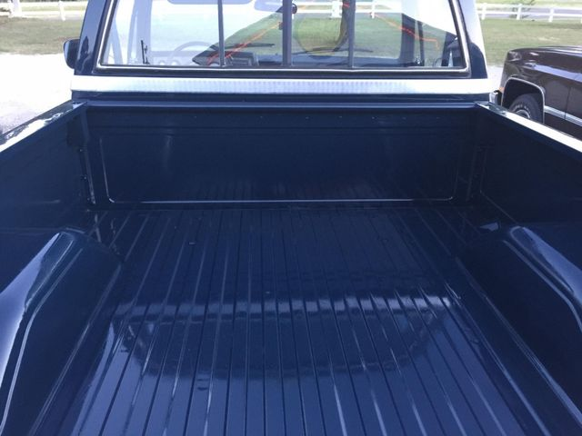 1986 Chevrolet Pickup SWB RedLineMuscleCars.com, Oklahoma 13