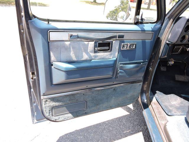 1986 Chevrolet Pickup SWB RedLineMuscleCars.com, Oklahoma 37