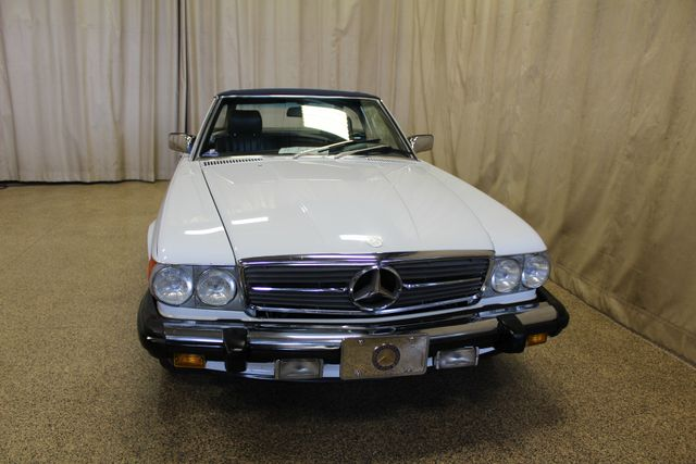 1986 Mercedes-Benz 560 Series 560SL Roscoe, Illinois 3