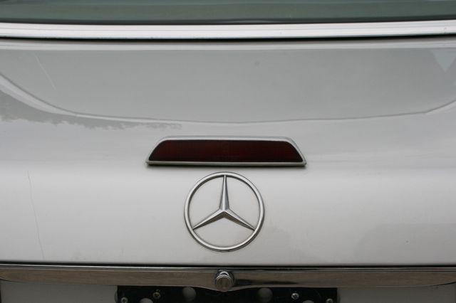 1986 Mercedes-Benz 560SL Houston, Texas 13
