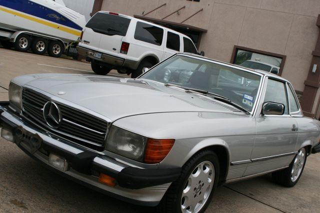 1986 Mercedes-Benz 560SL Houston, Texas 6
