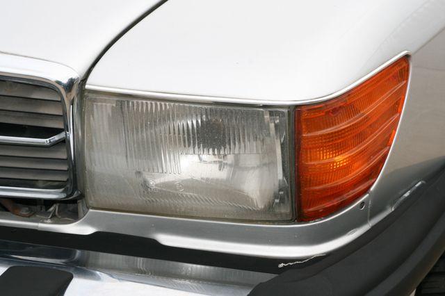 1986 Mercedes-Benz 560SL Houston, Texas 7