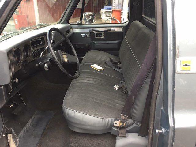 1987 Chevrolet R/V10 Silverado RedLineMuscleCars.com, Oklahoma 5