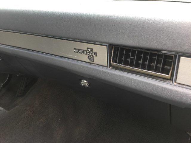 1987 Chevrolet R/V10 Silverado RedLineMuscleCars.com, Oklahoma 40