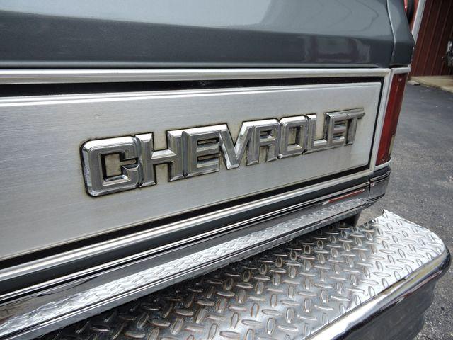 1987 Chevrolet R/V10 Silverado RedLineMuscleCars.com, Oklahoma 82