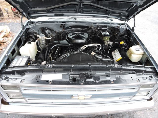 1987 Chevrolet R/V10 Silverado RedLineMuscleCars.com, Oklahoma 65