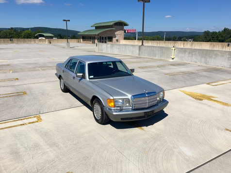 1987 Mercedes-Benz 560 Series 560SEL in Bethel, Pennsylvania