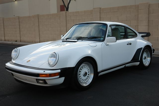1987 Porsche 911 Carrera 16