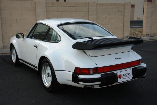 1987 Porsche 911 Carrera 24