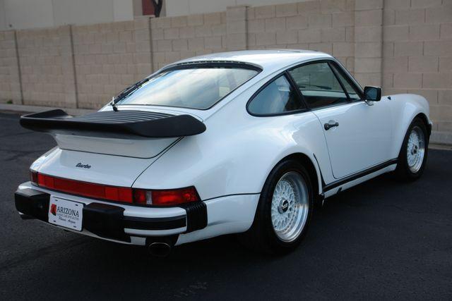 1987 Porsche 911 Carrera 25