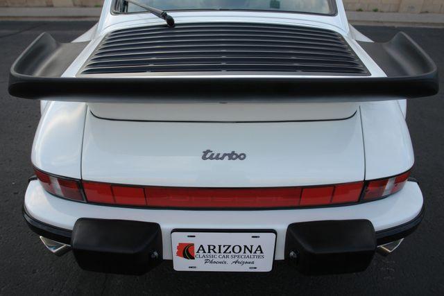 1987 Porsche 911 Carrera 26
