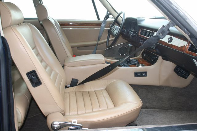 1988 Jaguar XJS Houston, Texas 10