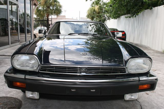 1988 Jaguar XJS Houston, Texas 3
