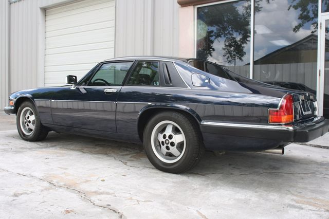 1988 Jaguar XJS Houston, Texas 8