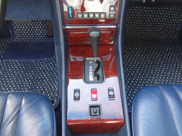 1988 Mercedes-Benz 560 Series 560SL Austin , Texas 29