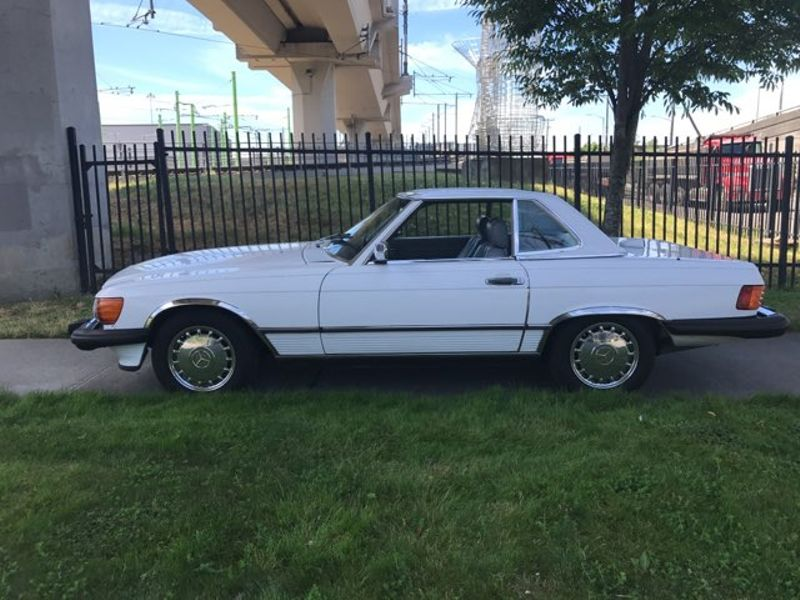 1987 Mercedes Benz 560SL Roadster Convertible White Excellent Condition Local 2 Owner With Full Service History  city Washington  Complete Automotive  in Seattle, Washington