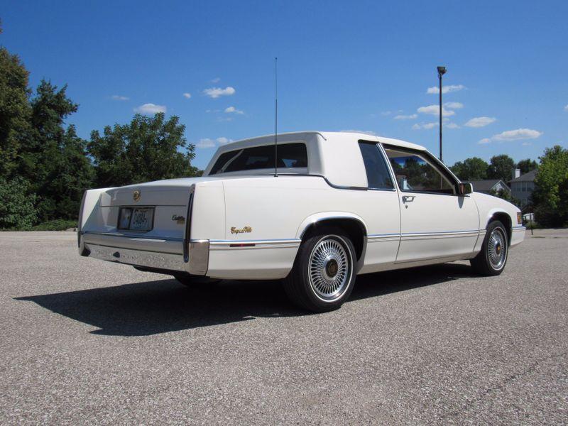 1989 Cadillac Deville Classic Caddy  St Charles Missouri  Schroeder Motors  in St. Charles, Missouri