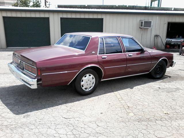 1989 Chevrolet Caprice San Antonio, Texas 4