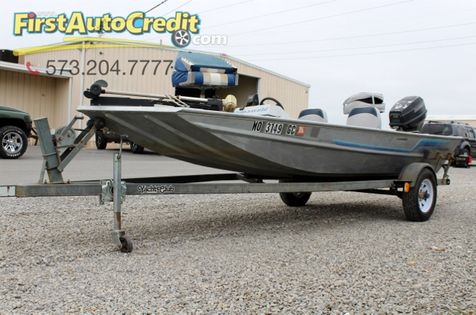 1989 Fishing Boat   | Jackson , MO | First Auto Credit in Jackson , MO