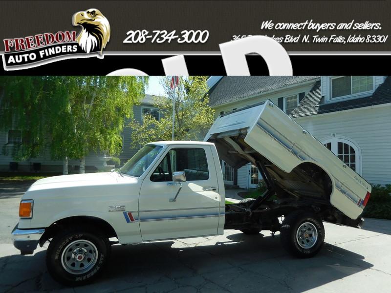 1989 Ford 1/2 Ton Trucks  in Twin Falls Idaho