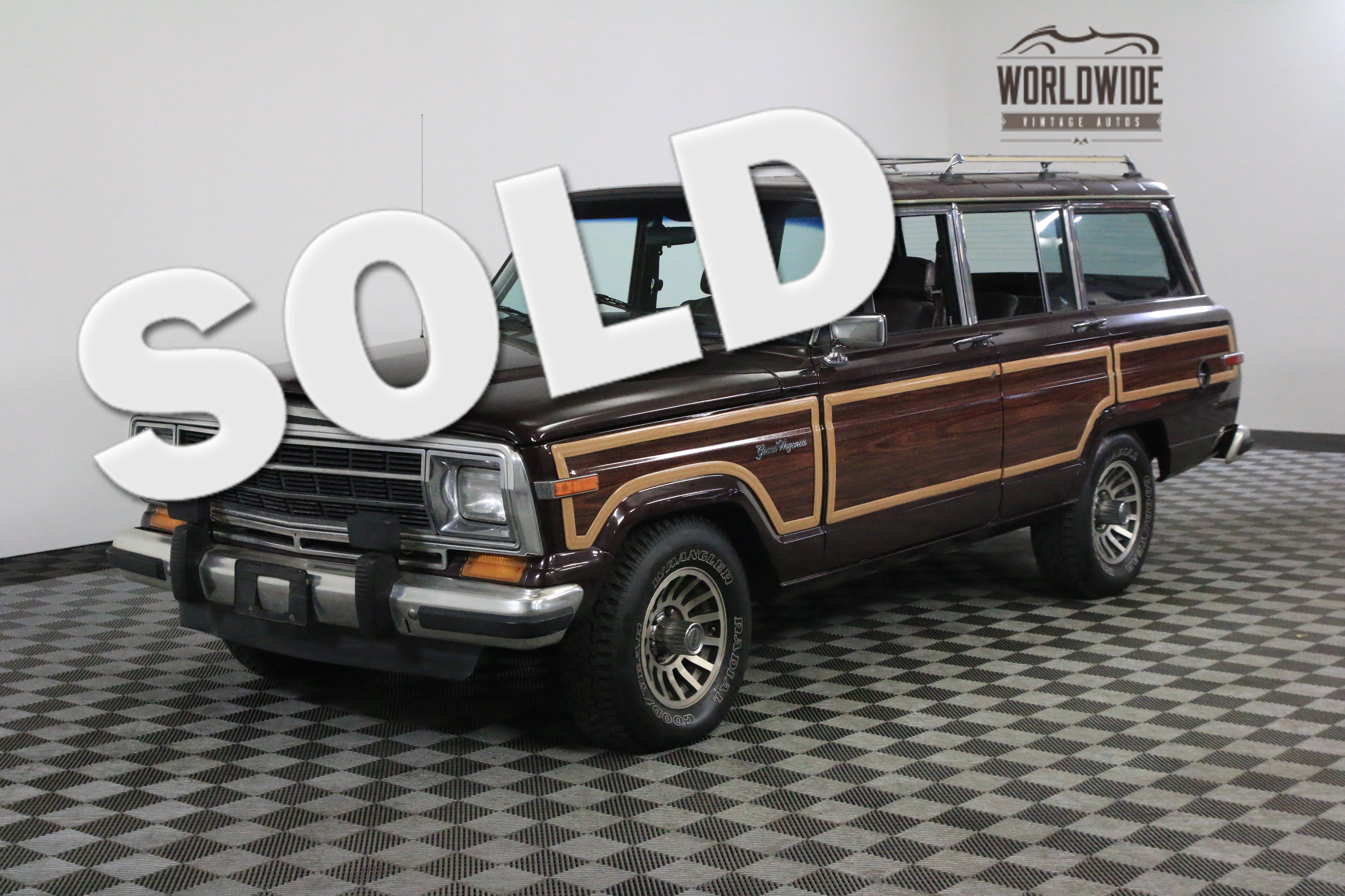 1989 Jeep GRAND WAGONEER 103K DOCUMENTED MILES. COLLECTOR GRADE!