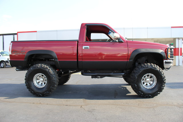 1990 Chevrolet 1500 Pickups LIFTED-5-SPD-4X4-350SBC! Mooresville , NC 3