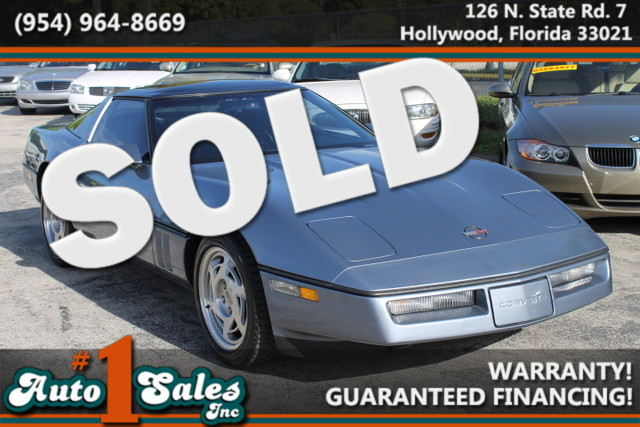 1990 Chevrolet Corvette  CARFAX CERTIFIED AUTOCHECK CERTIFIED 1OWNER FLORIDA VEHICLE  T