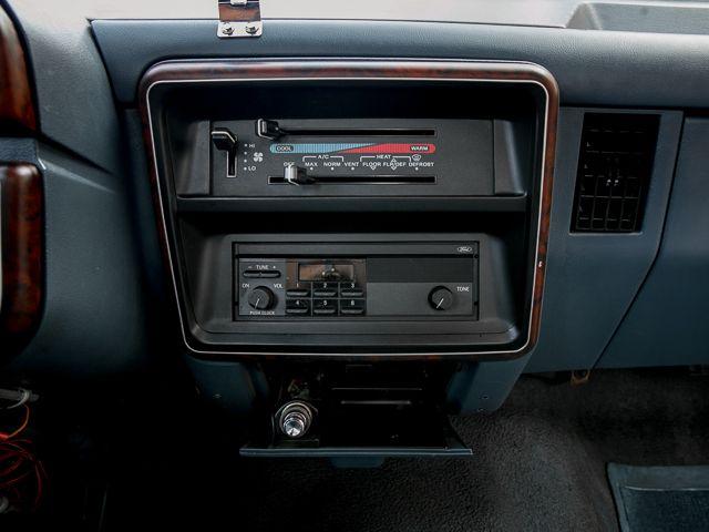 1990 Ford F450 F Super Duty Dually Burbank, CA 12