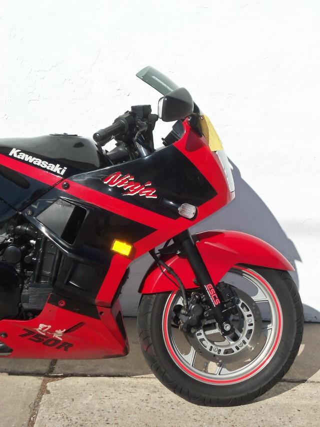 1990 Kawasaki Ninja Daytona Beach, FL 11