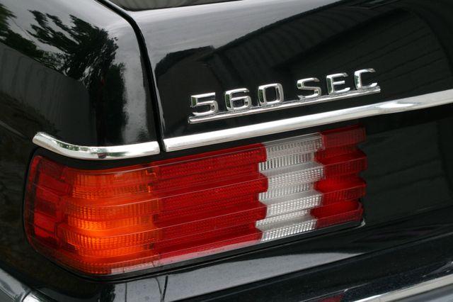 1990 Mercedes-Benz 560 Series 560SEC Houston, Texas 5