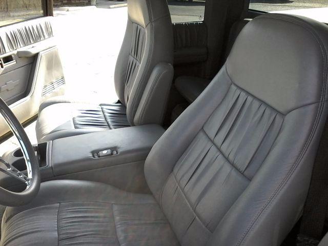 1991 GMC 1500 Pickups Restro Mod LS1 V8 San Antonio, Texas 5