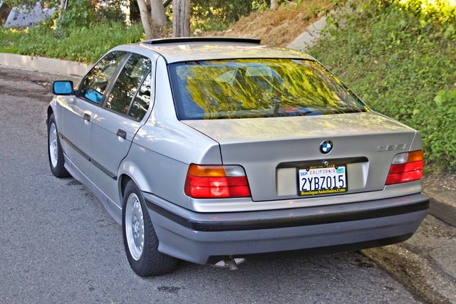 1992 BMW 3 Series 325i SEDAN ONLY 67K ORIGINAL MLS AUTOMATIC Woodland Hills, CA 9